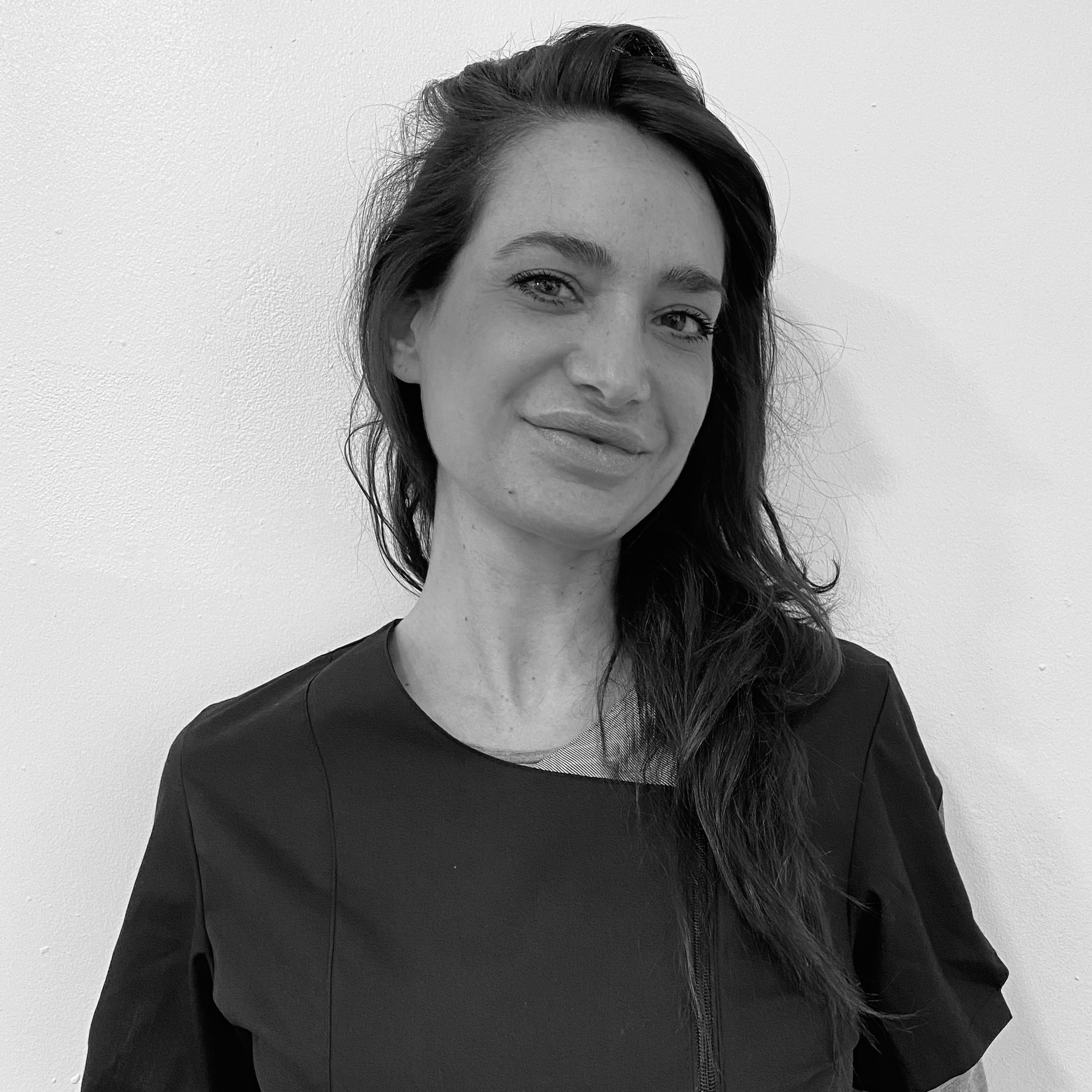 Manuela R.